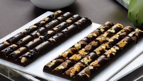 """750 Grammes Recettes De Cuisine Luxe Images Secrets De Fabrication Les Tablettes Nestlé """"les Recettes De L"""