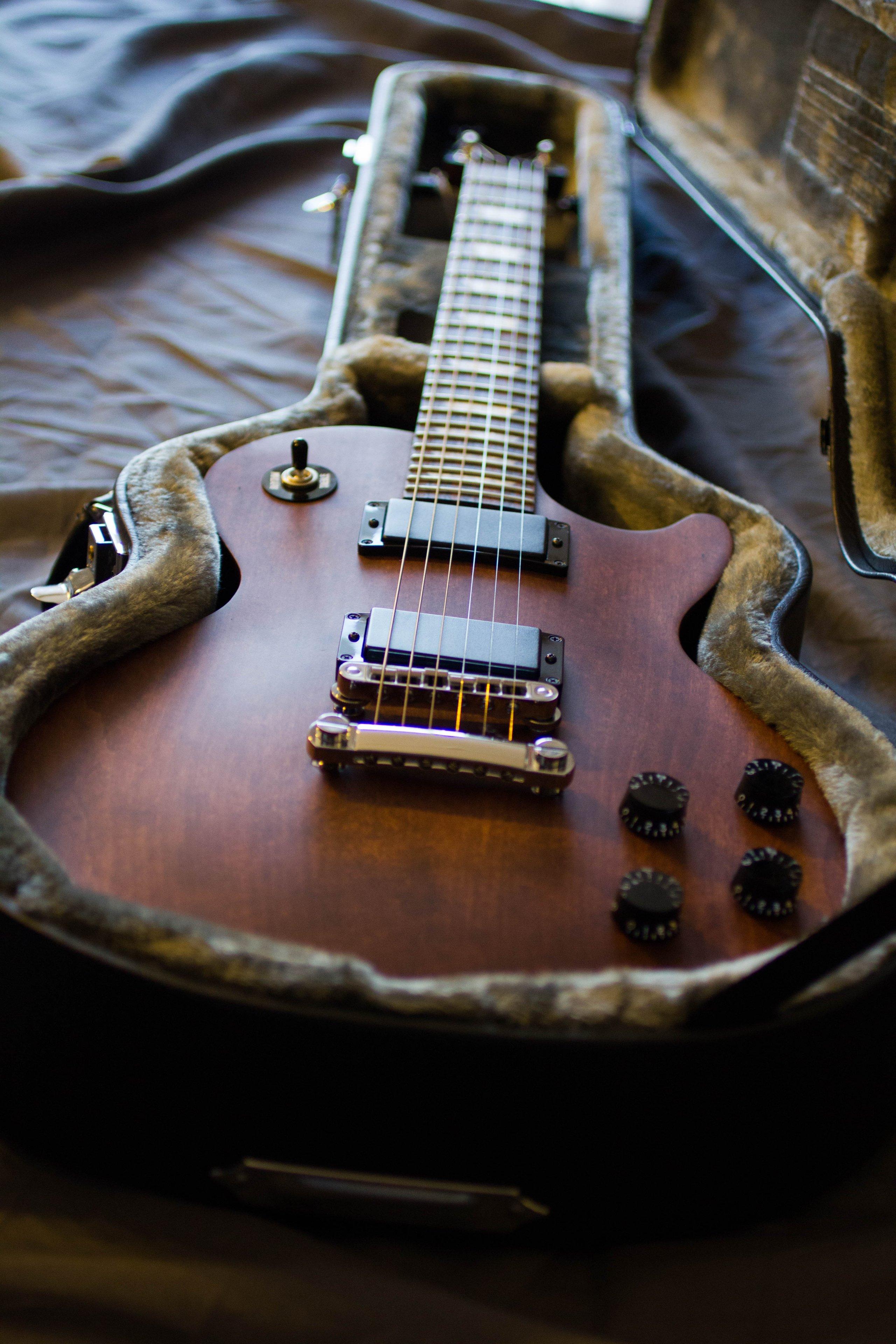 Accrocher Sa Guitare Au Mur Beau Photos Da topic De La Gratte 2 Les Infos Pour Les Noobs Dans Le Premier