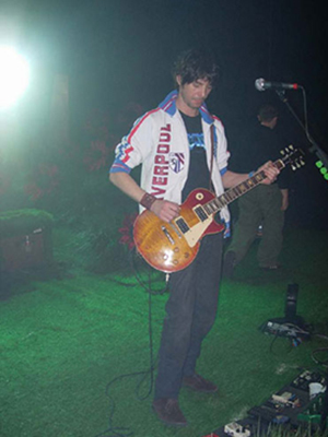 Accrocher Sa Guitare Au Mur Élégant Photos Reportage D Hél¨ne V Concert De Lille Le 7 Novembre 2006 Indochine