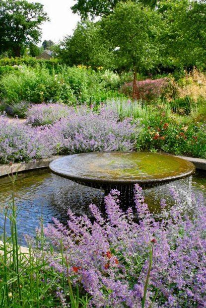 Bassin Jardin Moderne Impressionnant Galerie Round Disk Water Feature Overflowing Into Pool