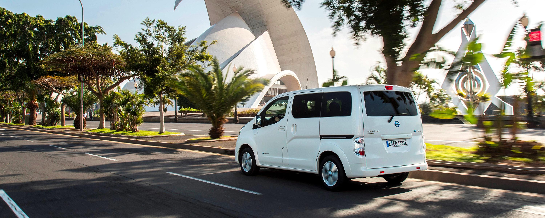 Becquet Jeté De Canapé Meilleur De Stock Nissan E Nv200 Evalia Voiture électrique 7 Places Et Ludospace