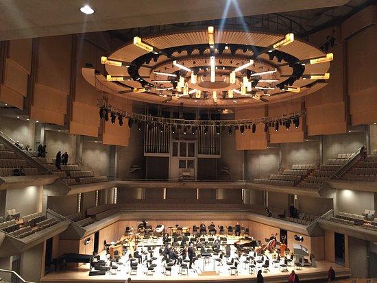 Boite A Chapeau Casa Frais Photos Superbe Salle De Concert Avis De Voyageurs Sur Roy Thomson Hall