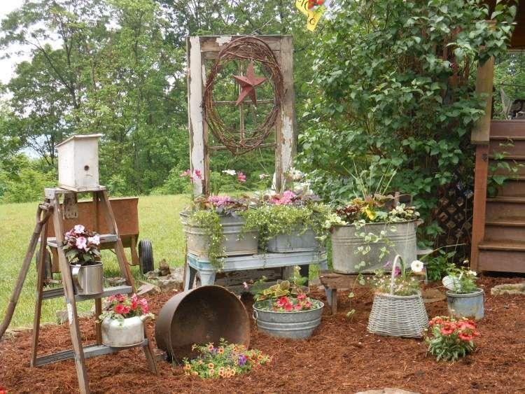 Brouette Deco Jardin Inspirant Photos Décoration Jardin En Objets De Récupération En 31 Idées Rusées