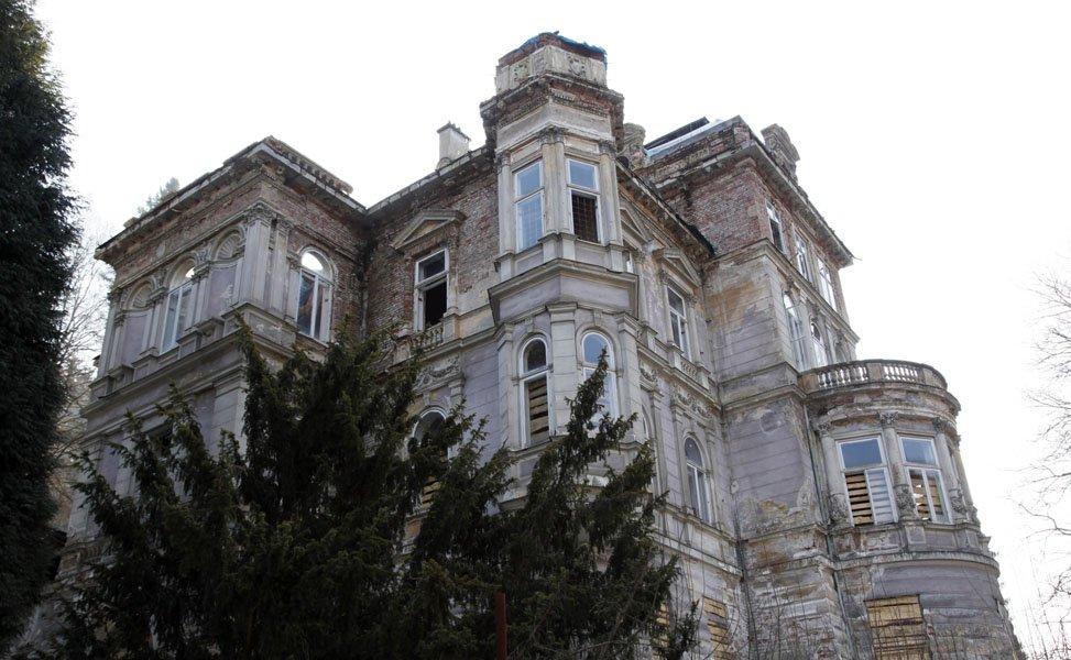 Canapé D'angle 6 Places Pas Cher Luxe Photographie Ministerstvo Kultury Dalo Skoro Milion Devastátorům Kyseky