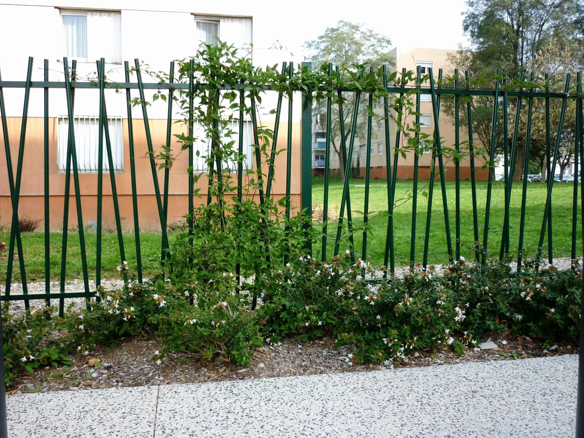 Castorama Bordure Jardin Inspirant Collection Castorama Maison De Jardin Pour Décontractée Cabane De Jardin