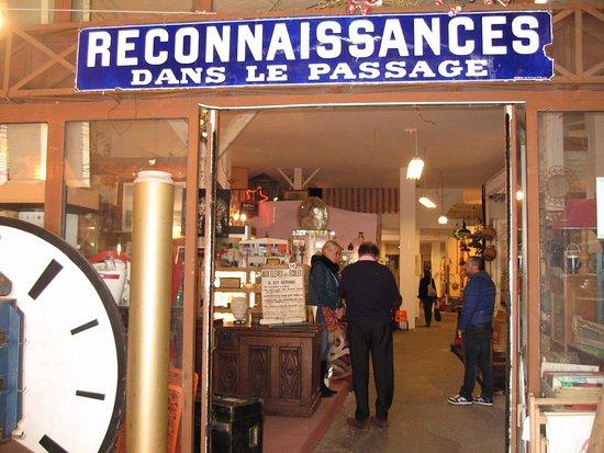 Catalogue La Foirfouille Luxe Photos Un Peu La Foire Fouille Avis De Voyageurs Sur Les Brocanteurs