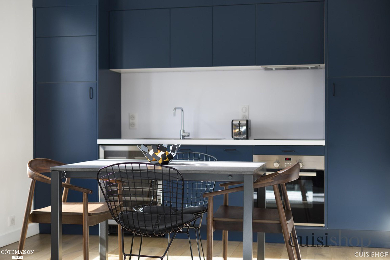 Cote Maison Salle De Bain Nouveau Photos Cuisine Linéaire Bleu Nuit Cuisishop C´té Maison