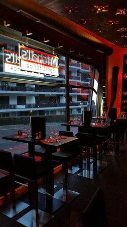 Coup De soleil Mobilier Beau Stock Le Mitchell S Champéry Restaurant Avis Numéro De Téléphone