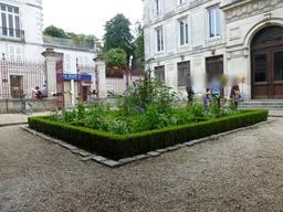 Derrière Les Murs De Mon Jardin Inspirant Image Ressources éducatives Libres Data Abuledu