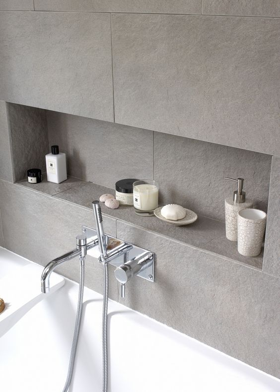 Designmag Salle De Bain Inspirant Photos Linear and Low Bathtub Niche Bad Pinterest