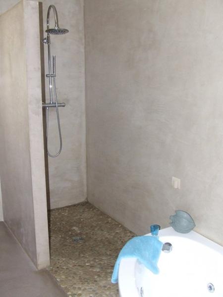 Douches Extérieures Castorama Élégant Image Inspirant Decoration Maison Interieur Avec Volet Roulant Fermeture