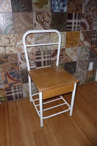 Escabeau Bois Ikea Inspirant Photographie Paire De Chevets Chaises D 039 Internat Bois Et Fer Annees 50s Loft