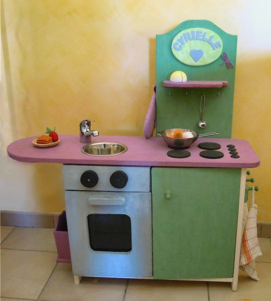 Fabriquer Cuisine Bois Enfant Frais Photos Fabriquer Une Cuisine Enfant Shangarasingh Cuisine