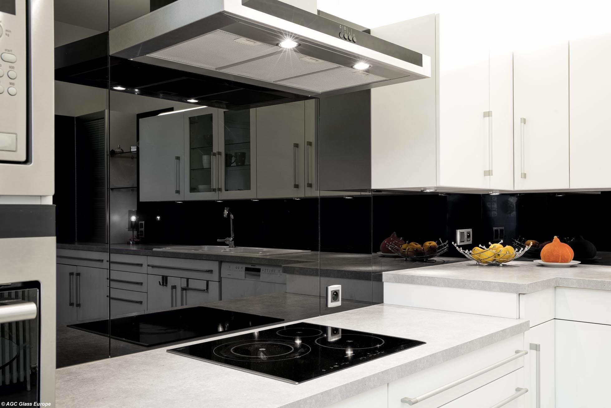 69 meilleur de stock de fond de hotte verre castorama. Black Bedroom Furniture Sets. Home Design Ideas