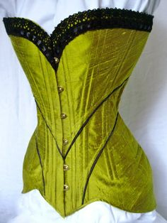 Les Fees Tisseuses Luxe Images 18th Century Corset Pinterest