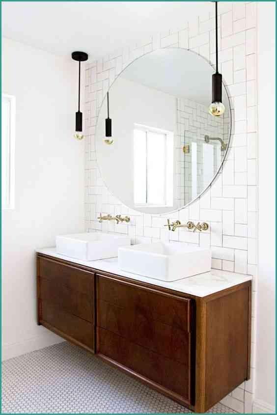 Meuble Salle De Bain Etabli Élégant Stock Meuble Miroir Salle De Bain élégant Le Meuble Vasque Un Vieil établi