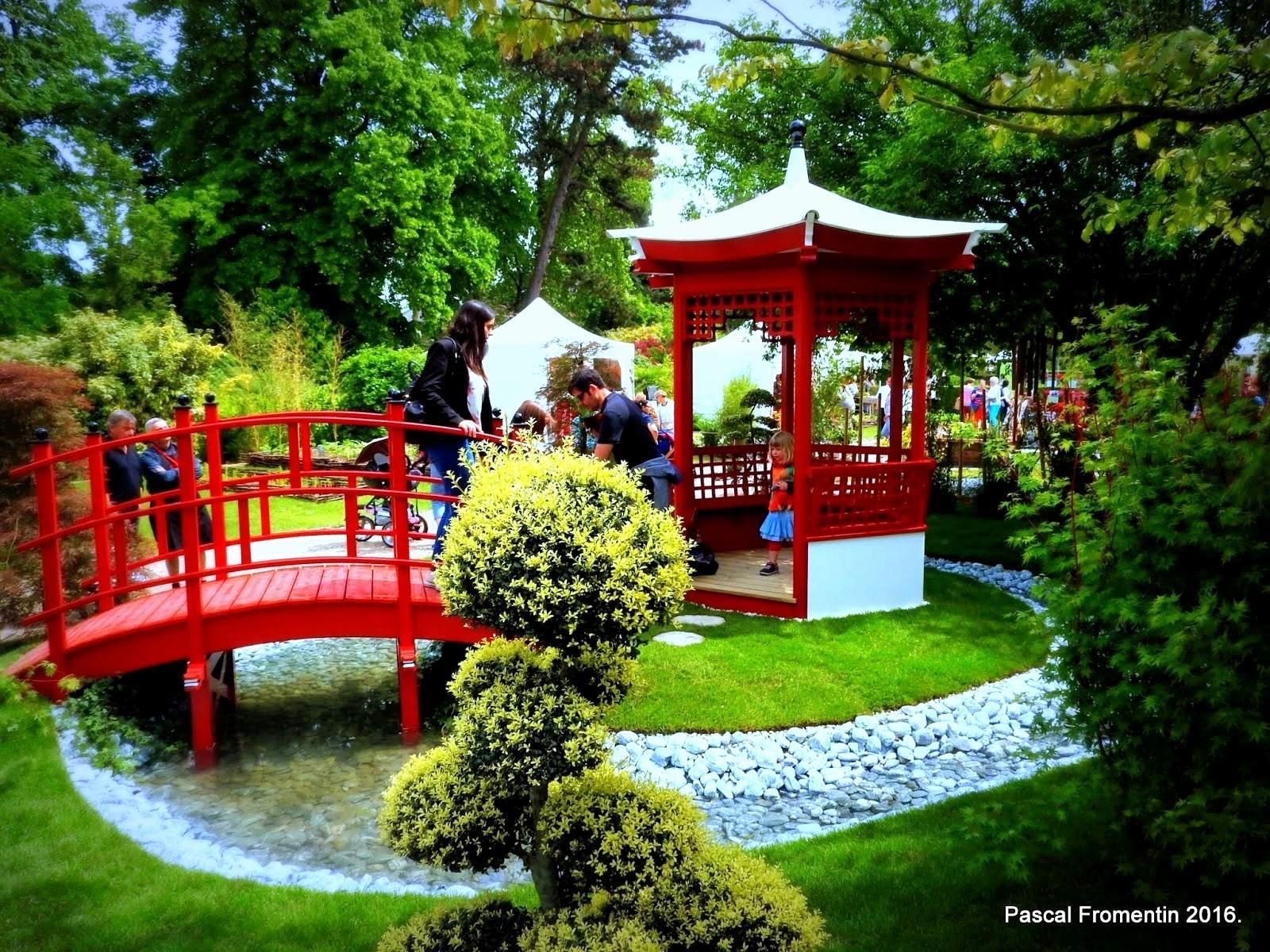 Portique jardin japonais beau photos portique de jardin japonais ainsi que tourdissant amenager - Petit jardin japonais zen ...