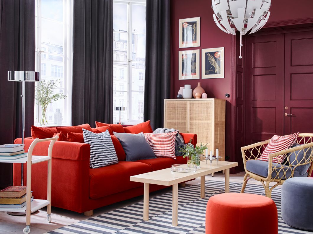 Protege Canape Anti Griffe Nouveau Photos A Grey and Dark Red Living Room with orange sofa Striped Rug and