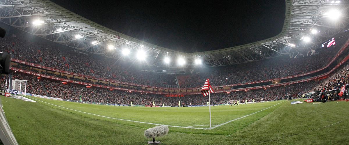 Reprise Canape tousalon Beau Collection Liga athletic Bilbao Unai Simon Revient De son Prªt  Elche