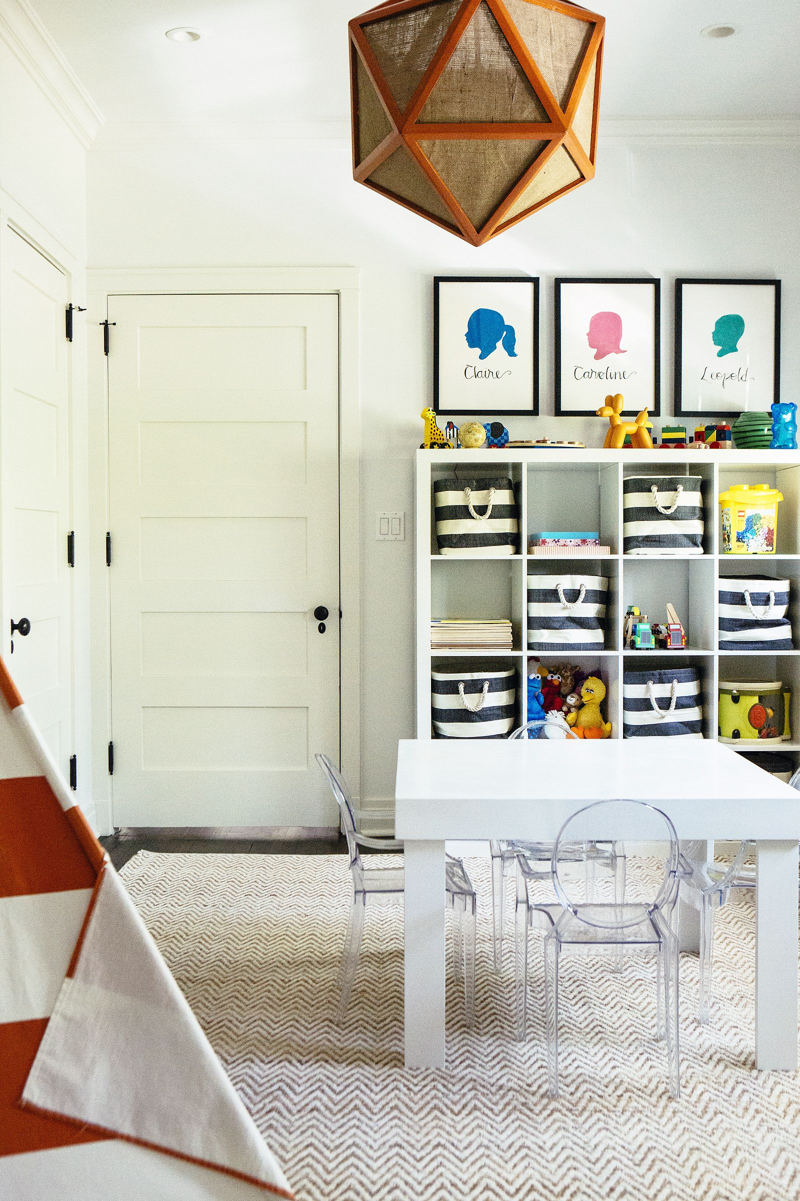 Salle De Jeux Ikea Luxe Photos Ikea 4x4 Bookshelf with Striped Bins In A Playroom by Alexandra